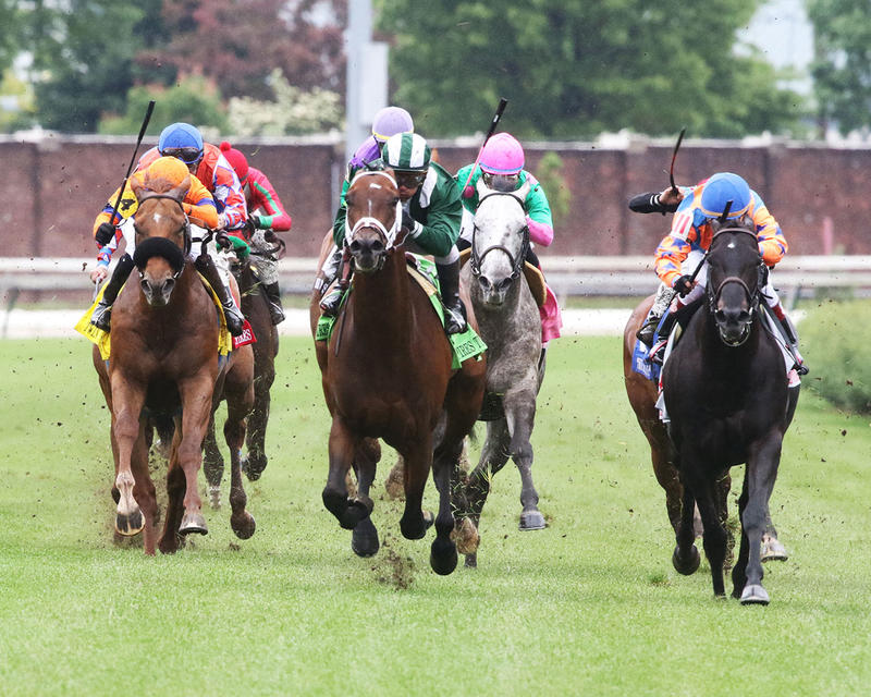 GREEN-MASK---The-Twin-Spires-Turf-Sprint-Gr-lll---23rd-Running---05-05-17---R07---CD---Head-On-1
