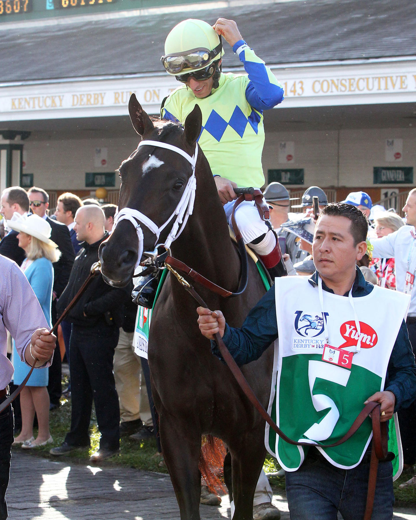 ALWAYS-DREAMING----The-Kentucky-Derby-Gr-1---143rd-Running---05-06-17---R12---CD---Paddock-4
