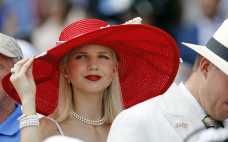 gallery-hat-parade