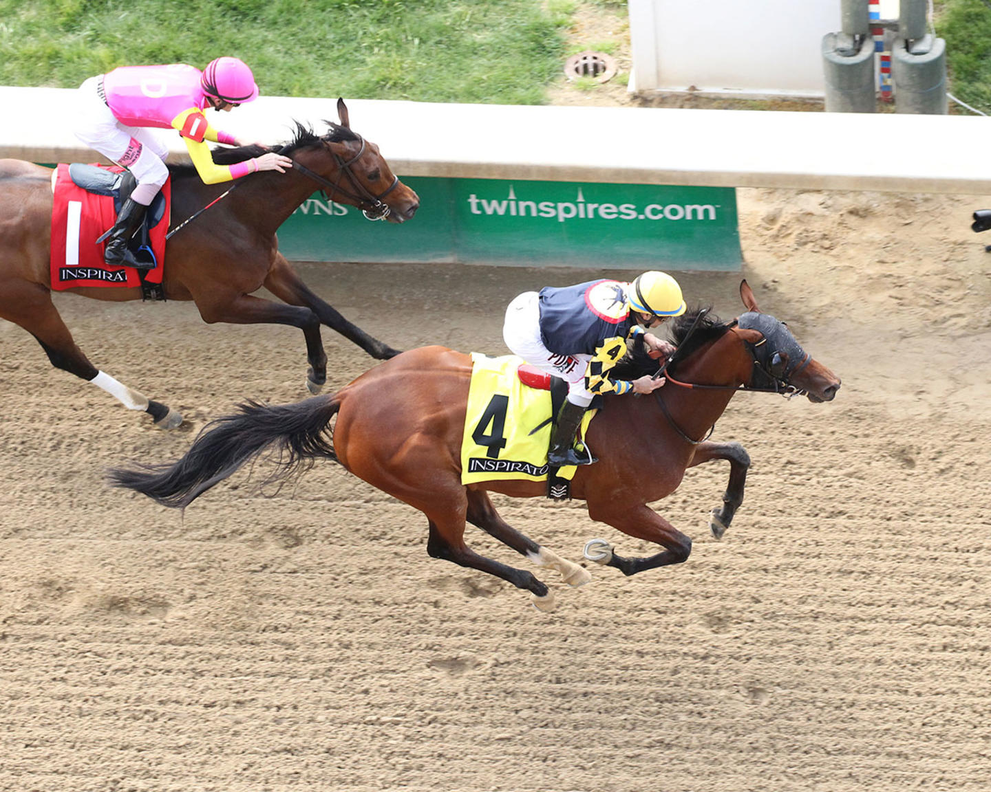 SHE'S-PRETTY-LUCKY---05-04-18---R01---CD---Aerial-Finish-01