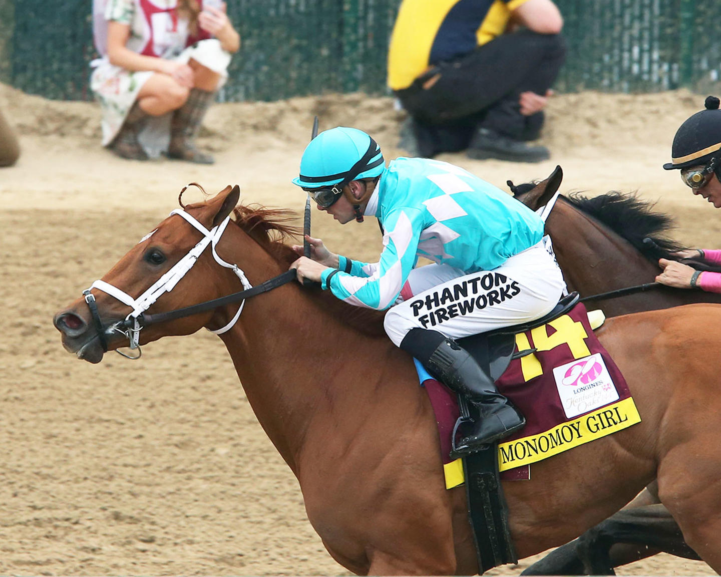 MONOMOY-GIRL---Longines-Kentucky-Oaks---G1---144th-Running---05-04-18---R11---CD---Inside-Finish-01-(1)
