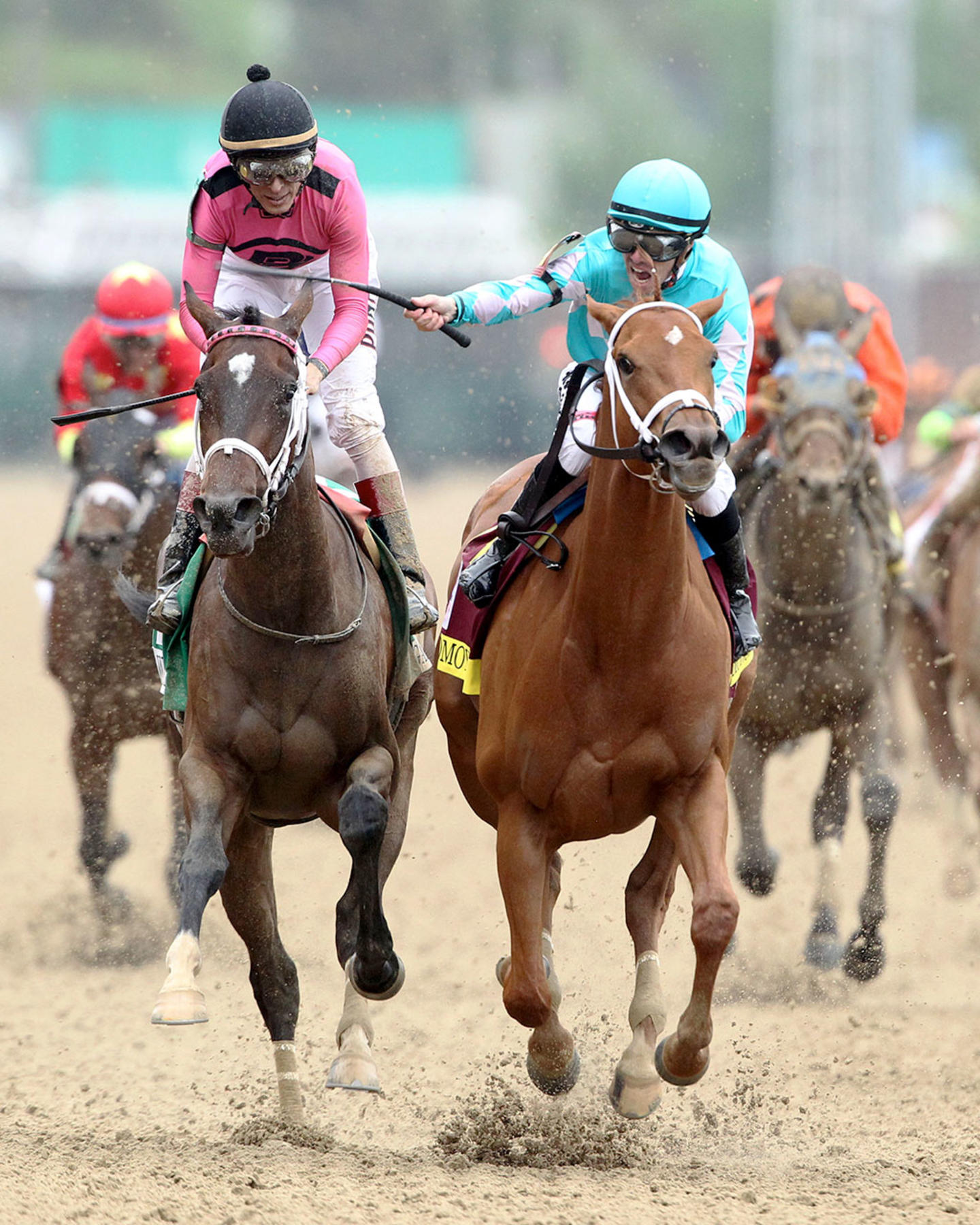 MONOMOY-GIRL---Longines-Kentucky-Oaks---G1---144th-Running---05-04-18---R11---CD---Head-On-02-(1)
