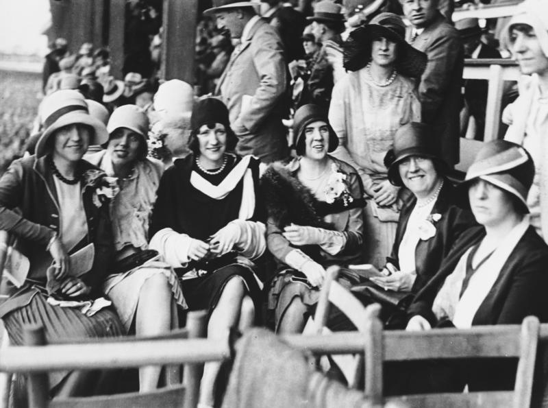 1929 102108  fashion