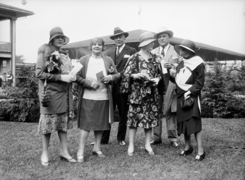 1929 102114 fashion
