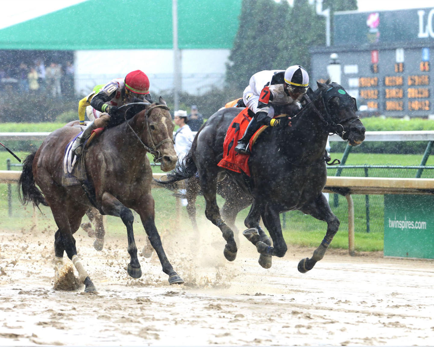 LIMOUSINE LIBERAL - The Churchill Downs G2 - 84th Running - 05-05-18 - R08 - CD - Finish 03