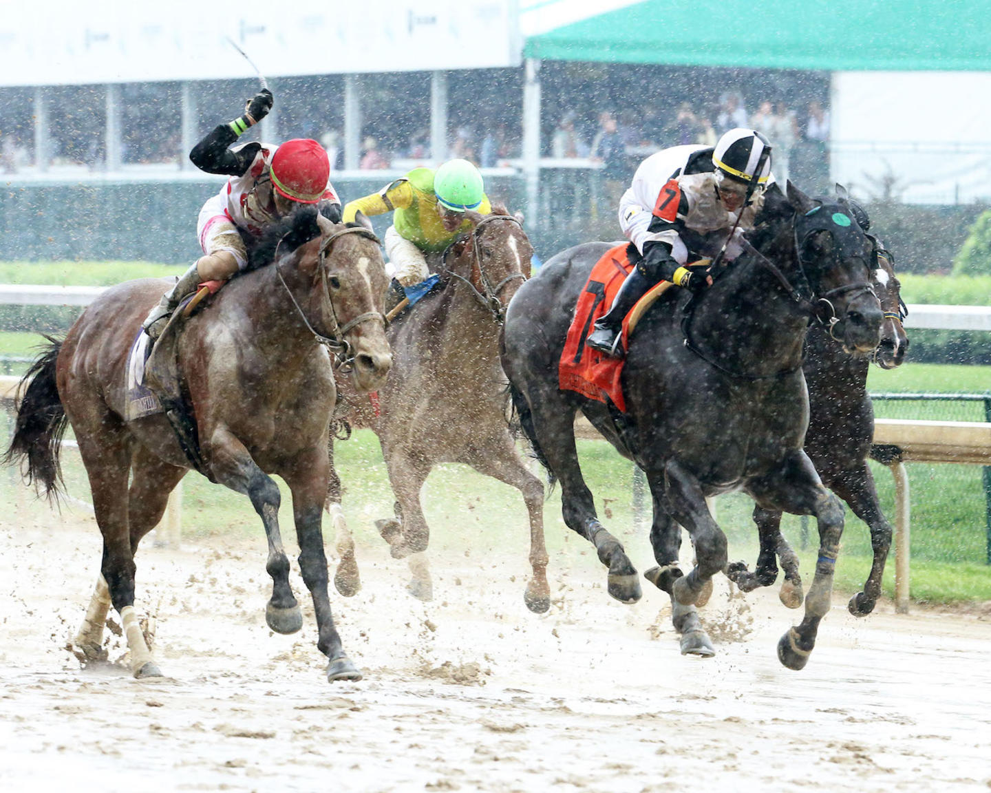 LIMOUSINE LIBERAL - The Churchill Downs G2 - 84th Running - 05-05-18 - R08 - CD - Finish 02