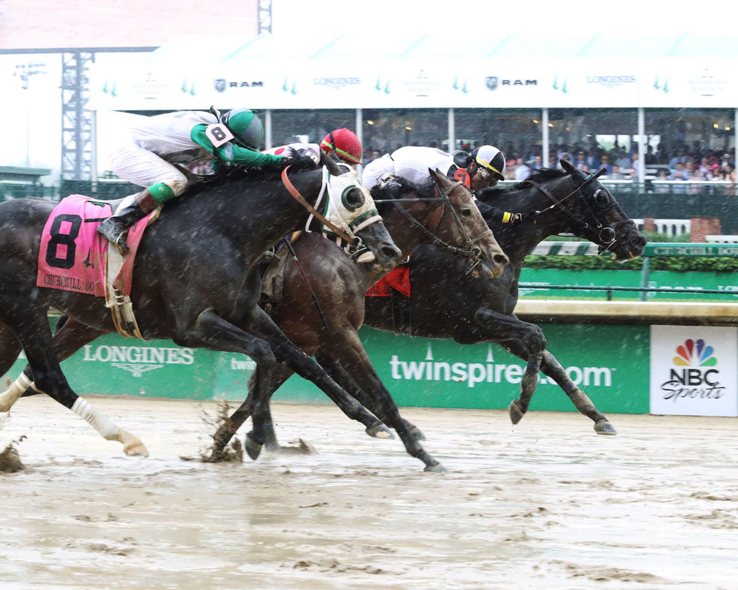 LIMOUSINE LIBERAL - The Churchill Downs G2 - 84th Running - 05-05-18 - R08 - CD - Finish 01