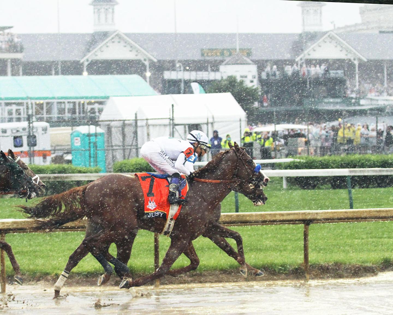 JUSTIFY---The-Kentucky-Derby-G1---144th-Running---05-05-18---R12---CD---Back-Stretch-01