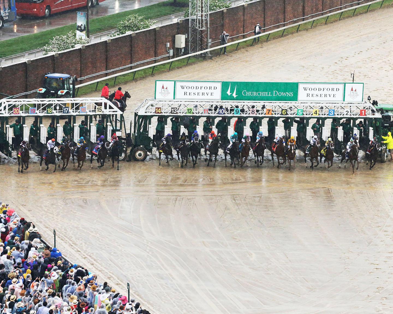 JUSTIFY---The-Kentucky-Derby-G1---144th-Running---05-05-18---R12---CD---Aerial-Start-01