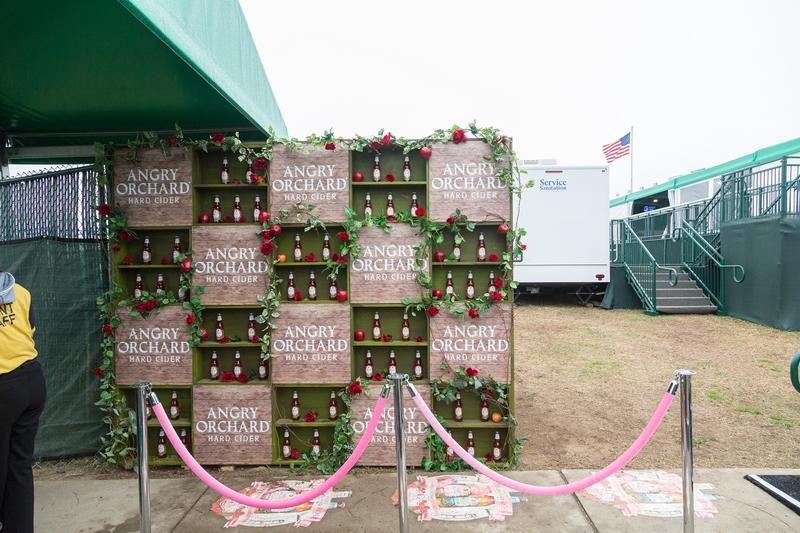 Angry_Orchard_Club_Entrance