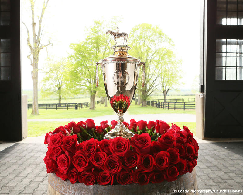 2019 Kentucky Derby trophy (c) Coady Photography/Churchill…