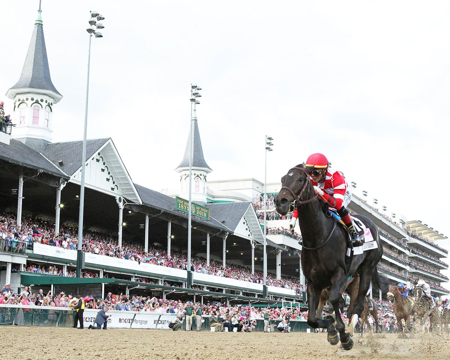 SERENGETI-EMPRESS---The-Longines-Kentucky-Oaks---145th-Running---05-03-19---R11---CD---Under-Rail-01