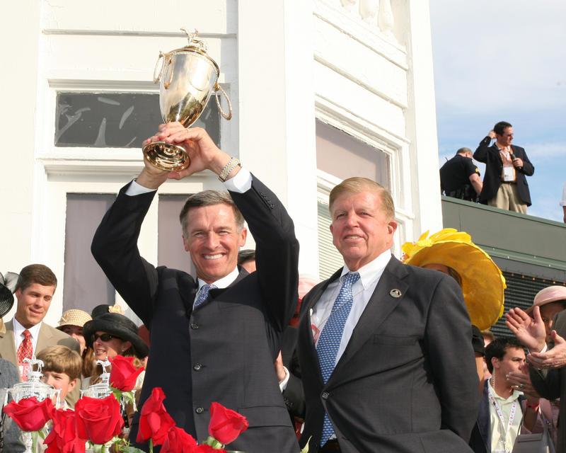 20060506 Matz & Roy Jackson with Trophy