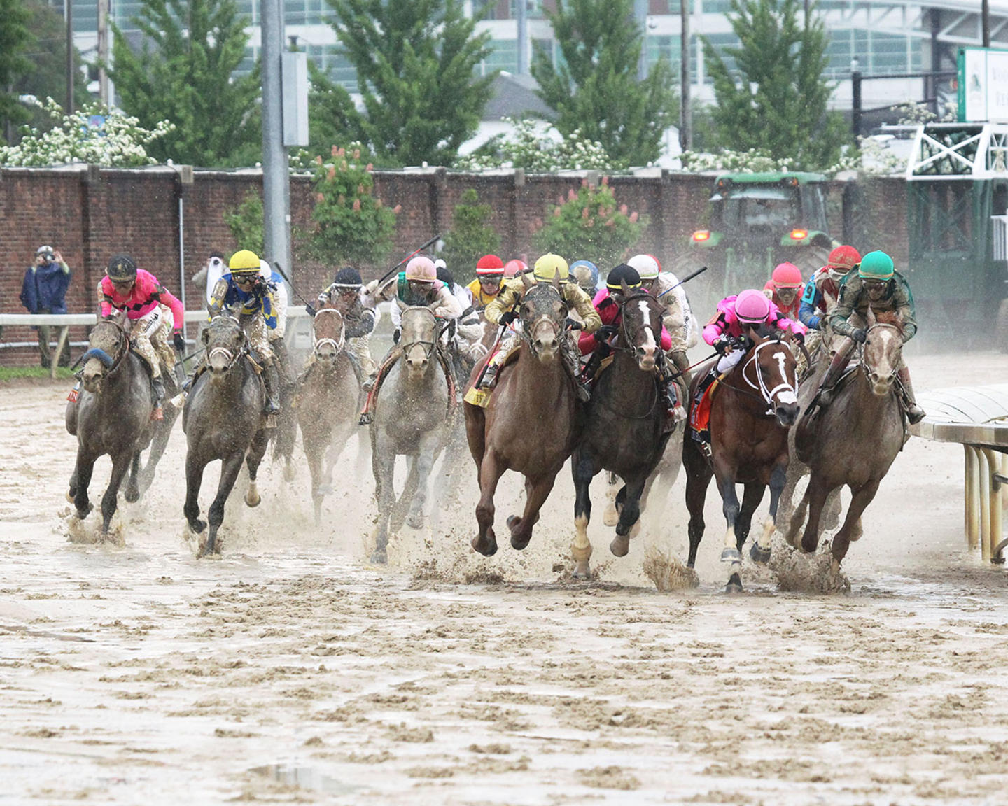COUNTRY-HOUSE---The-Kentucky-Derby---145th-Running---05-04-19---R12---CD---Turn-01
