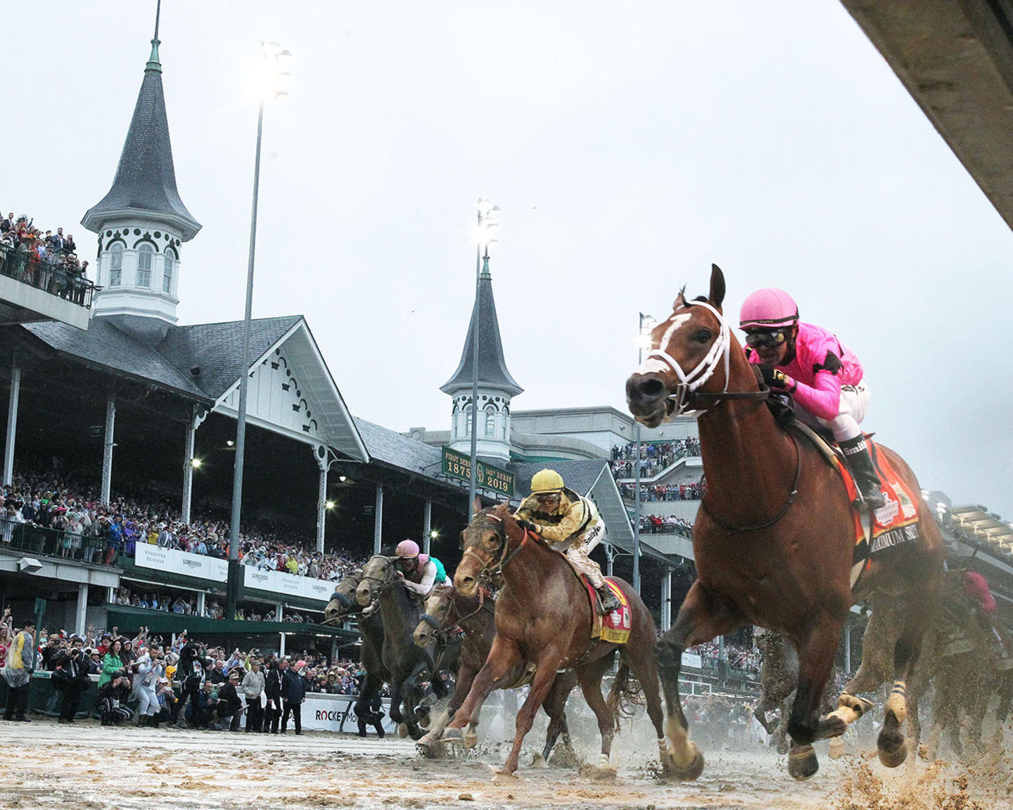 COUNTRY-HOUSE---The-Kentucky-Derby---145th-Running---05-04-19---R12---CD---Under-Rail-01